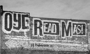 Oye Read Más, Flushing Avenue, 2010