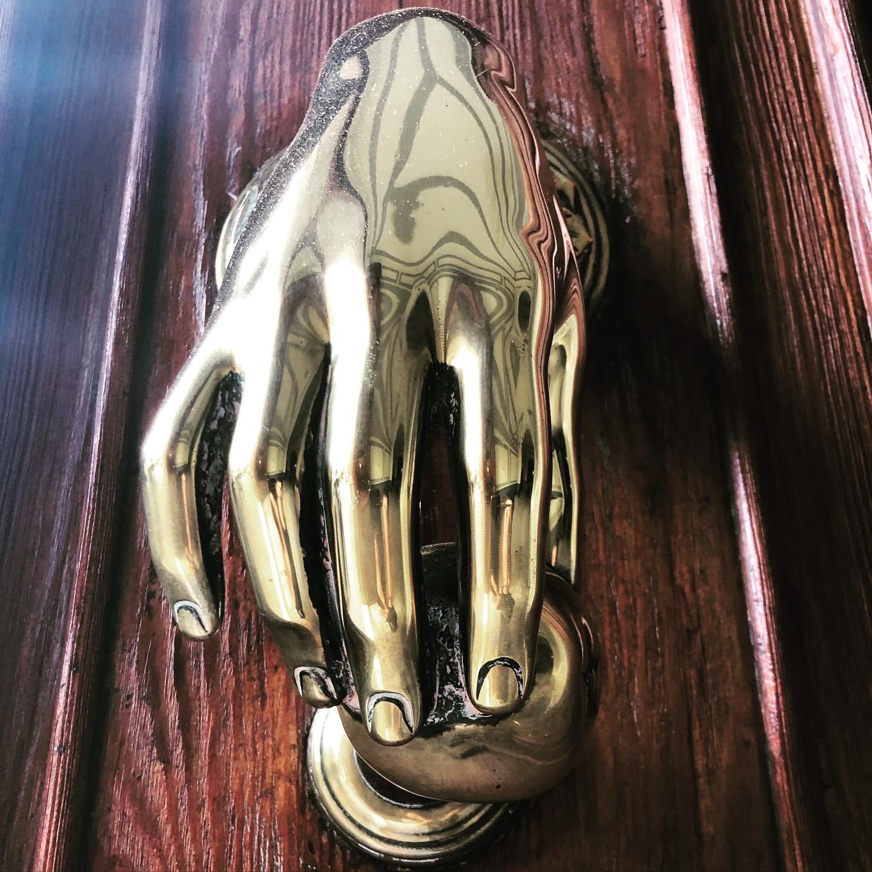 Bronze, metal, sculpture, door, wood, glare